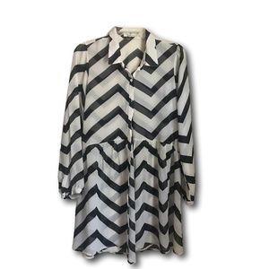 Freebird Black & White Chevron Tunic